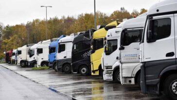 parcare-camioane
