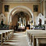 interior biserica catolica