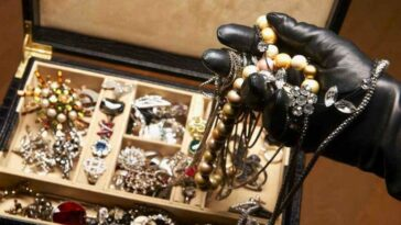 ingrijitoare furt bijuterii Austria