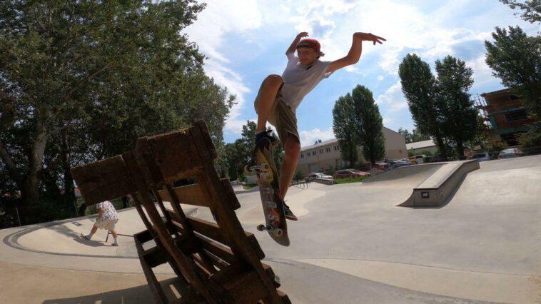 tanara campionat skateboard